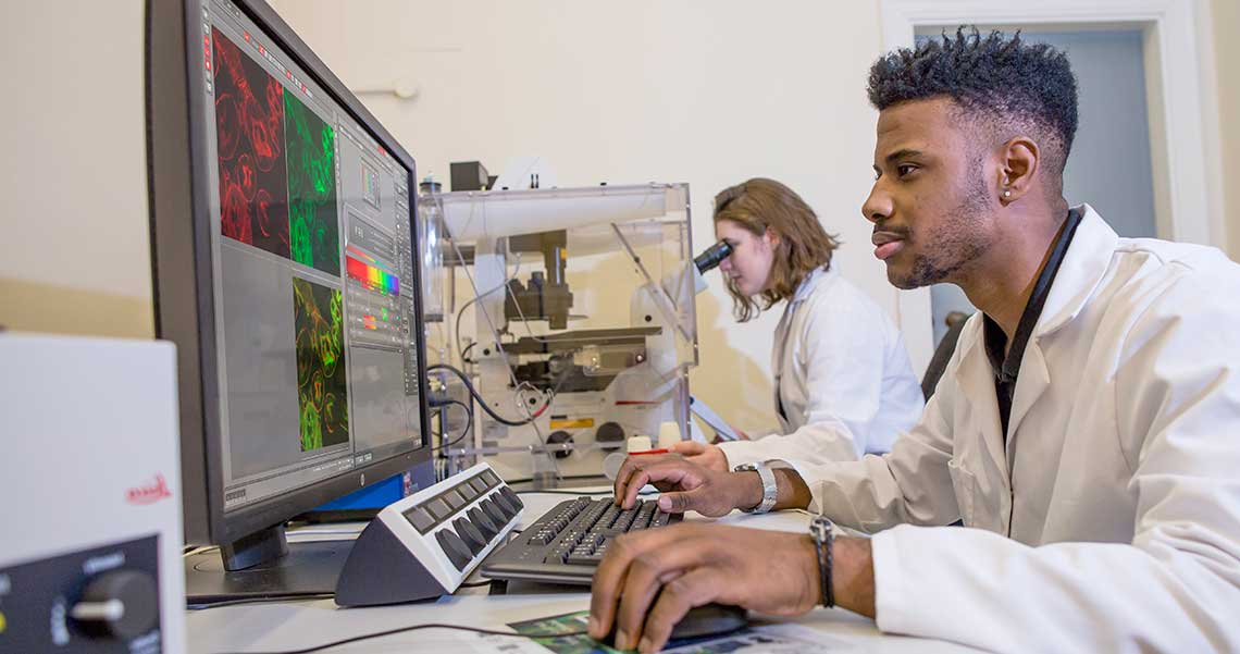 Advanced Microscopy and Bio-imaging Laboratory