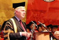 Sir Emyr Jones Parry addressing the last of the 2011 graduation congregations.
