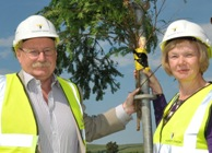 Professor Wayne Powell, Director of IBERS, and Vice-Chancellor Professor April McMahon at the topping out ceremony.