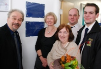 Left to Right: Professor Manuel Grande, Professor April McMahon, Mrs Susan Jenkins, Morgan Jenkins and Meurig Jenkins at the unveiling of the plaque to commemorate Dr Tudor Jenkins.
