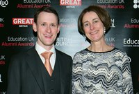 Alumns Mitch Robinson, winner of the Professional Achievement Award at the US British Council's Education UK Alumni Awards 2015, with Louise Jagger, Director of Development and Alumni Relations at Aberystwyth