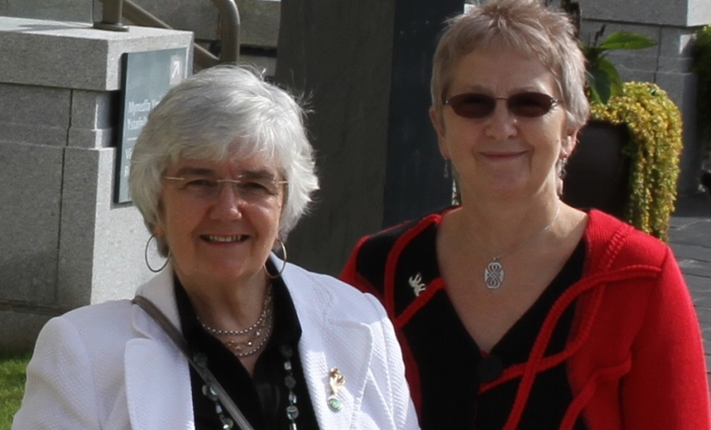 Felicity Roberts (left) and Jaci Taylor will be honoured for the lifetime's contributions on Tuesday 7 March.