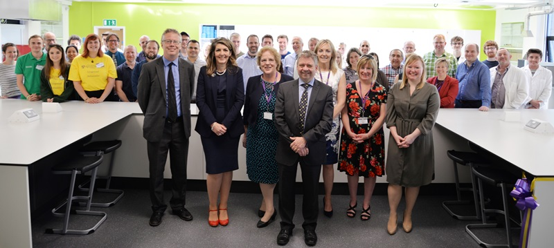 Dr David Blaney, the Chief Executive of the Higher Education Funding Council for Wales (Centre) at the opening of the new Centenary Laboratory in the Department of Geography and Earth Sciences.