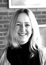 Ms Catrin Davies